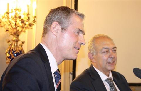 السيد جيرو بو افون Bonnafont Jérôme ضيف الشرف في الجمعية العمومية للغرفة التجارية العربية الفر سية