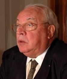 Monsieur Jean de GRANDCOURT, Agrégé des Facultés de Droit Avocat honoraire